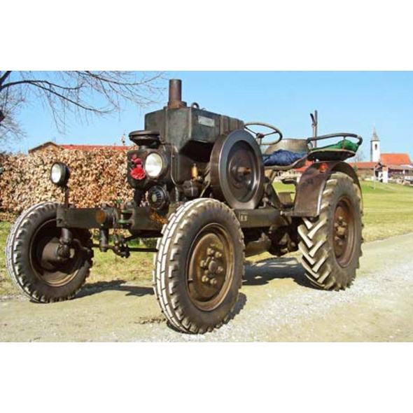 Oldtimer-Traktor fahren