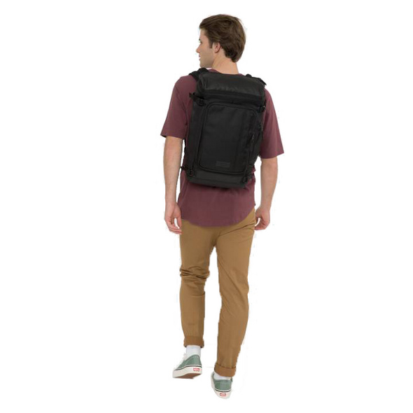 "Eastpak Laptoprucksack Tecum Top 15"" CNNCT coat"