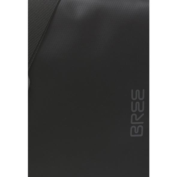Bree Messenger Bag Punch 49 schwarz