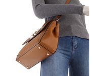 Calvin Klein Kurzgriff Tasche Flap Top Handle MD brown