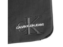 Calvin Klein Jeans Umhängetasche Monogram Nylon Micro Flatpack schwarz
